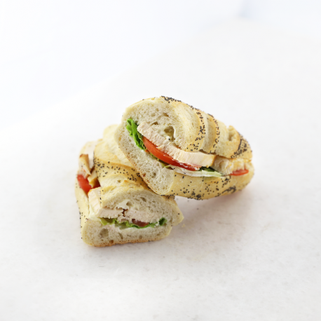 Chicken-Mayonnaise-Crudités Sandwich